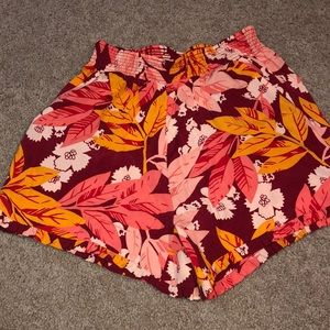 NEW WITH TAGS LOFT SHORTS